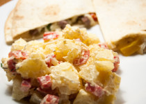 Creamy lime and pepper potato salad